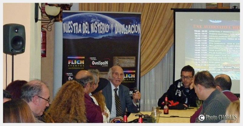 Cafe Ovni Valencia fiesta ovnispain Muestra del misterio (14)