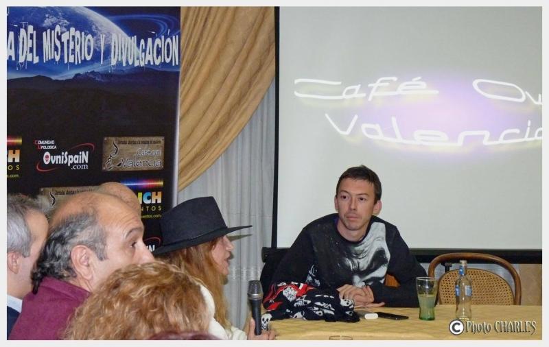 Cafe Ovni Valencia fiesta ovnispain Muestra del misterio (15)
